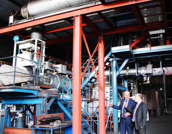 Minister Naughton visits new Biomass plant at Arigna